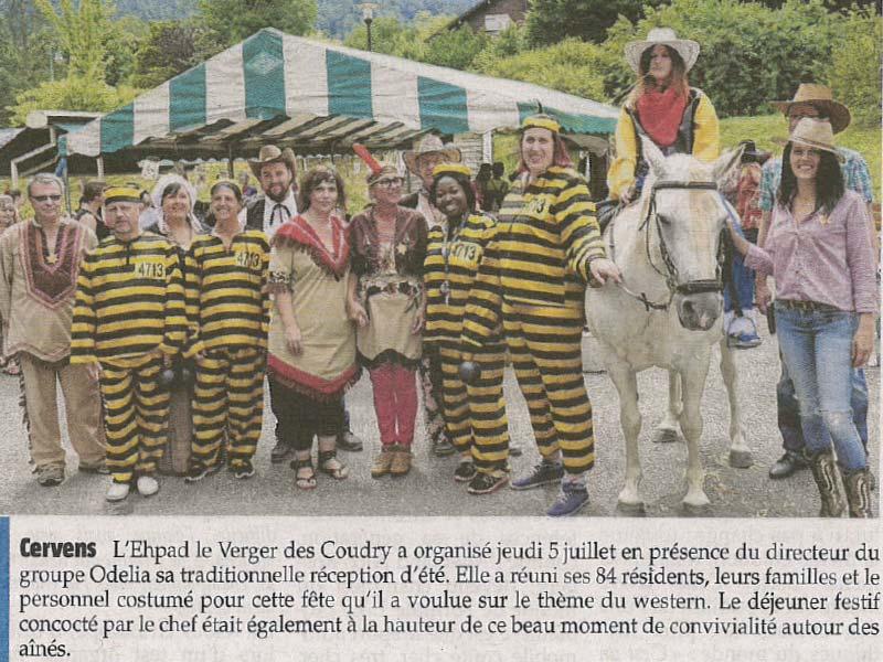 Photo de la photo de l'article de journal paru sur la journée Far West organisée à l'Ehpad Le Verger des Coudry, établissement pour personnes âgées géré par l'association Odélia