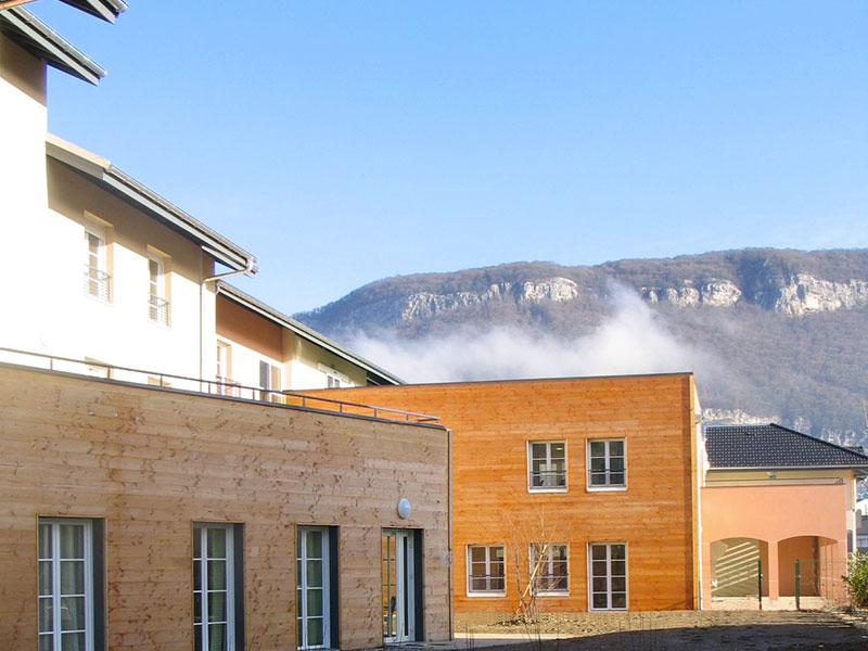 Vue extérieure de l'Ehpad Le Bosquet de Mandallaz